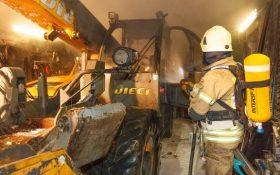 xx03 280x175 - Fahrzeugbrand in einer Garage